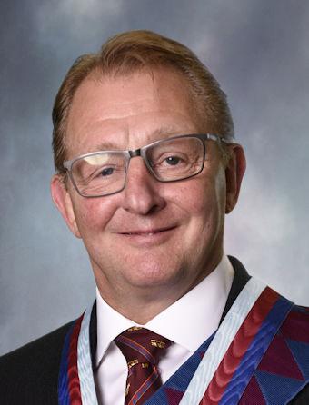 E.Comp. Geoff Walker